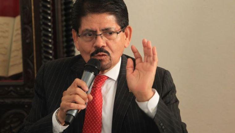 Acciones legales mantienen en suspenso indagatoria de decano Gustavo Bonilla