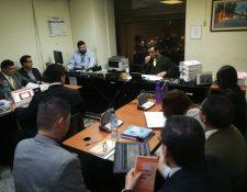 El juez Décimo, Víctor Cruz, durante una audiencia del caso IGSS-Ambulancias. (Foto Prensa Libre: Hemeroteca PL)