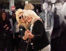 Cynthia Garmanotta y su hija Lady Gaga tienen una fundación de salud mental desde el 2012. (Foto Prensa Libre: Lady Gaga / Twitter)