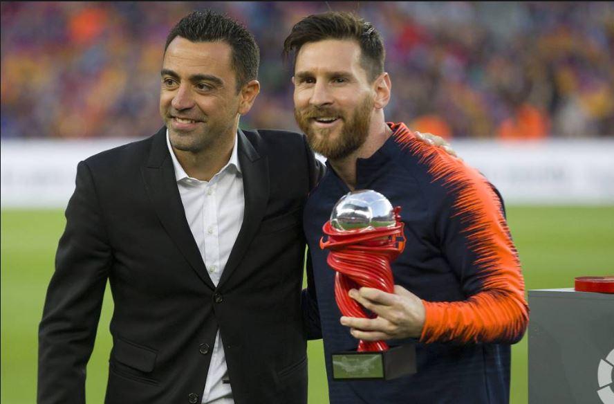 El argentino dedicó unas palabras a su amigo Xavi, quien decidió dejar del futbol profesional. (Fotos redes).