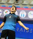 Héctor Gatica, seleccionado de tenis de mesa, festeja la clasificación a los Juegos Panamericanos de Lima. (Foto cortesía COG).