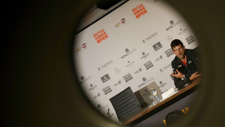 GRAF5506. MADRID, 07/05/2019.- El tenista serbio Novak Djokovic, durante la rueda de prensa que ha ofrecido esta tarde en la Caja Mágica de Madrid, donde se disputa el Mutua Madrid Open de Tenis. EFE/ JAVIER LIZÓN