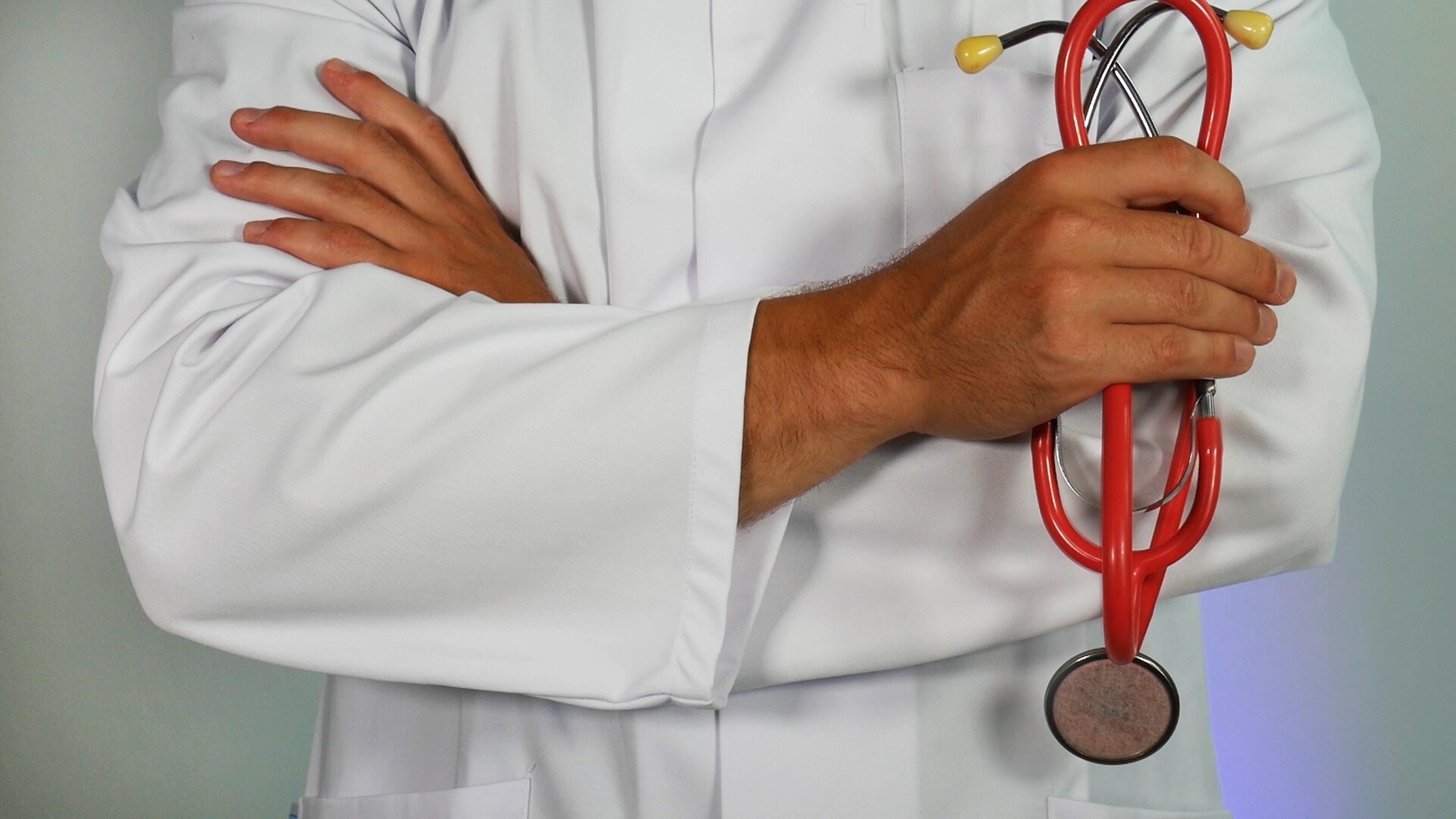 Luego de cumplir 40 años es necesario visitar al doctor periódicamente. (Foto Prensa Libre: Servicios)