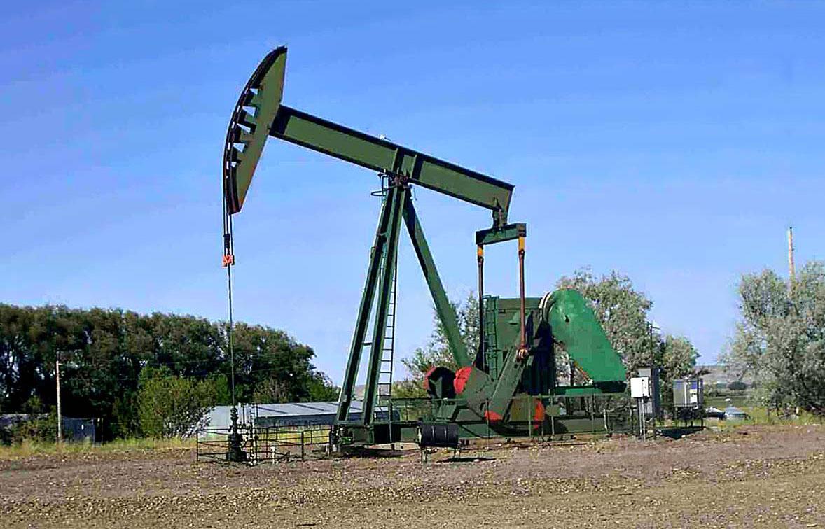 Cuestionan proyecto del Inde que busca comprar gas natural para generar energía