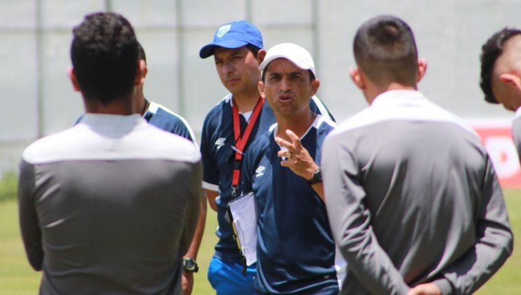 El técnico Érick González convocó a 21 jugadores para el torneo amistoso en Francia. (Foto Fedefut).