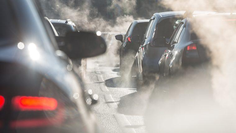Existen distintos tipos de contaminación que provocan enfermedades diversas, incluyendo psicológicas. (Foto Prensa Libre: Servicios).