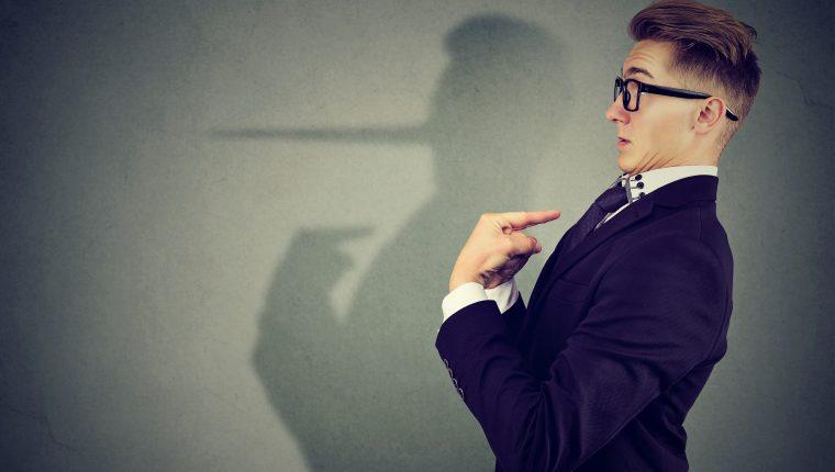 Las personas constantemente enfrentan situaciones en las que alguien busca engañarlos. (Foto Prensa Libre: Servicios)
