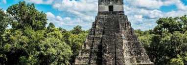 Tikal es conocida como una de las principales ciudades de la civilización Maya. (Foto Prensa Libre: HemerotecaPL)