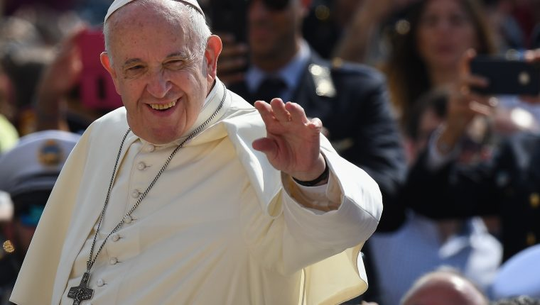 El papa Francisco se ha mostrado como un firme defensor de la vida. (Foto Prensa Libre: AFP)