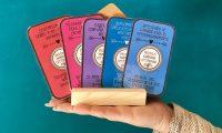 Elena Molini ofrece libros según el estado de ánimo de sus clientes.