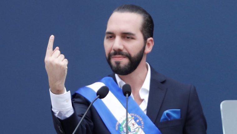 Durante toda esta semana, Bukele fue ordenando a sus ministros a través de Twitter que destituyeran a funcionarios vinculados con el anterior gobierno y presidente salvadoreño.