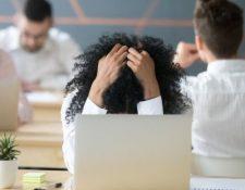 """Algunos de los síntomas del """"burnout"""" son la desmotivación y el agotamiento."""