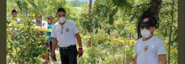 Los Bomberos Voluntarios localizaron el cuerpo sin vida de Rosa Larios. (Foto Prensa Libre: Hemeroteca PL)