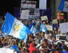 Senadores demandan el combate a la corrupción, impunidad y fortalecimiento del estado de Derecho para que los guatemaltecos tengan oportunidades y bienestar. (Foto Prensa Libre: Hemeroteca PL)