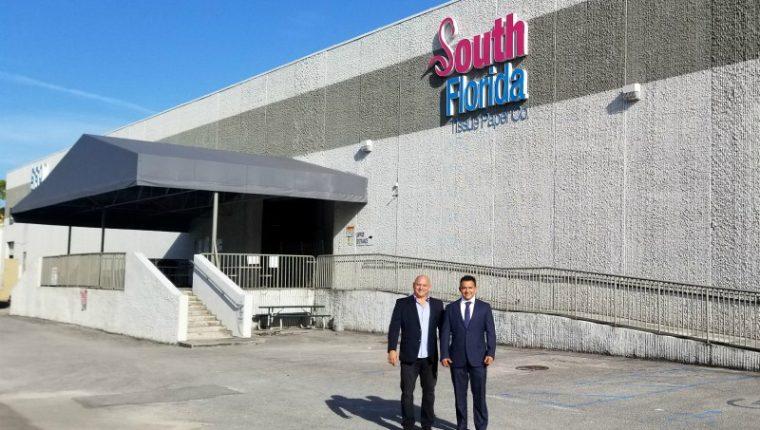 Hoy South Florida Tissue Paper emplea a alrededor de 60 personas, y está entre las 5,000 compañías privadas con mayor crecimiento en Estados Unidos de la revista Inc. (Foto Prensa Libre: Cortesía)