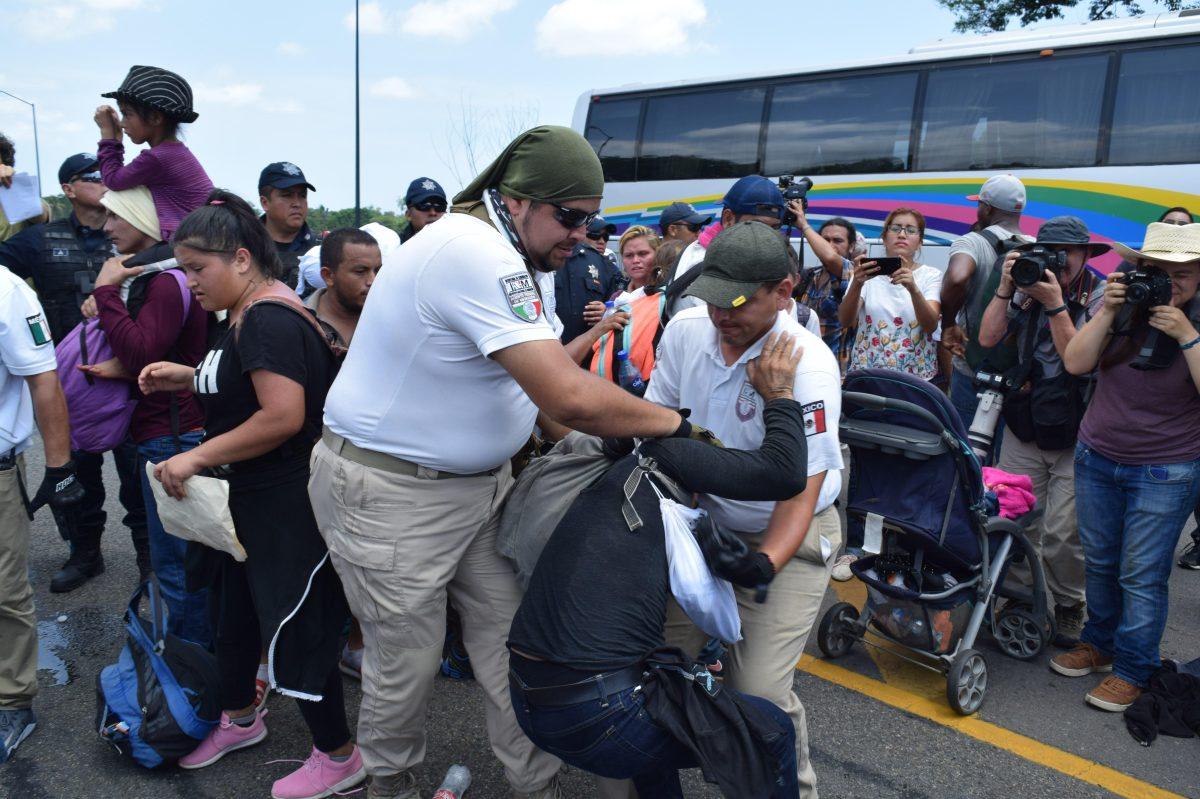 """""""México debe hacer más"""": Termina sin acuerdos reunión en la Casa Blanca sobre migración"""