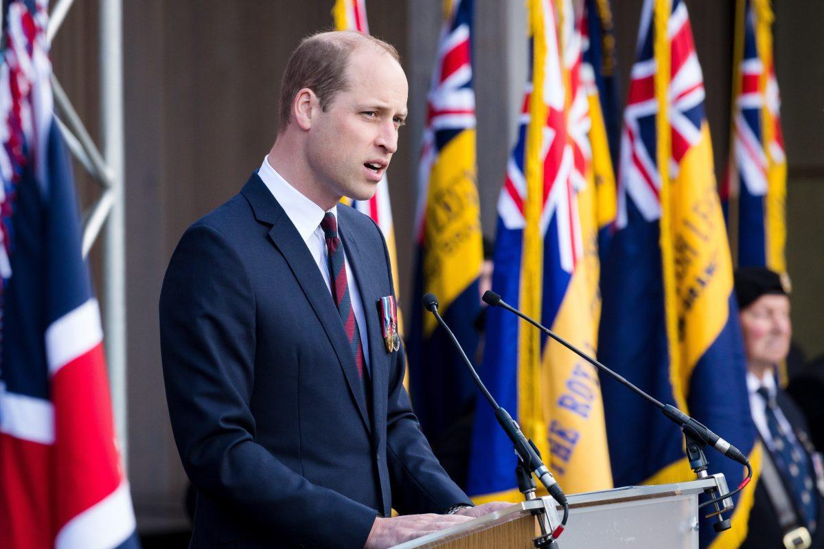 """La familia real británica """"no es racista"""", responde el príncipe Guillermo a su hermano Enrique y a Meghan Markle"""