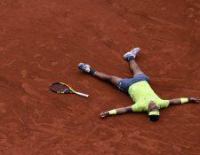 Rafael Nadal festeja la conquista de Ronald Garros. (Foto Prensa Libre: EFE)