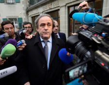 El expresidente de la Uefa Michel Platini atraviesa un mal momento en su carrera y vida personal. (Foto Prensa Libre: EFE)