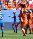 Las jugadoras de Holanda festejan el pase a semifinales. (Foto Prensa Libre: EFE)