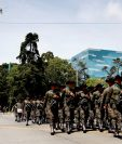 A diferencia de otros años, un desfile militar no saldrá a las calles el próximo 30 de junio. (Foto Prensa Libre: Hemeroteca PL)