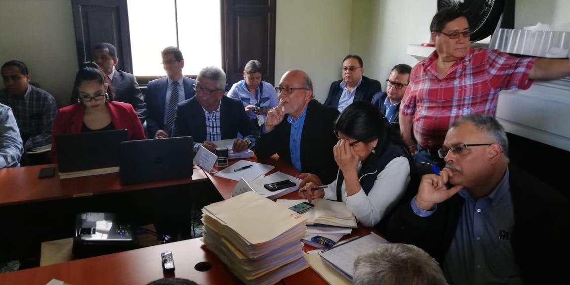 """Comisionado de diálogo advierte de que """"grupos que cortan energía eléctrica"""" amenazan elecciones"""