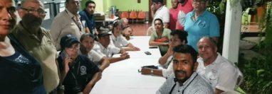 La junta departamental de Baja Verapaz y la municipal de Salamá estuvieron retenidos por una turba luego de las elecciones. (Foto Prensa Libre: Hemeroteca PL)