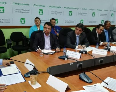 Diputados denunciaron uso clientelar de varios programas en el Ministerio de  Agricultura. (Foto Prensa Libre: Carlos Álvarez)