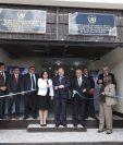 Los magistrados de la Organismo Judicial, Delia Dávila, Nester Vásquez y José Pineda–al centro– durante la inauguración de los órganos jurisdiccionales. (Foto Prensa Libre: Mynor Toc)