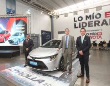 Personeros de Cofiño Stahl presentaron el nuevo Toyota Corolla. Foto Norvin Mendoza