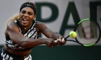 Serena Williams of the US returns the ball to Sofia Kenin of the US during their women's singles third round match on day seven of The Roland Garros 2019 French Open tennis tournament in Paris on June 1, 2019. (Photo by Philippe LOPEZ / AFP)