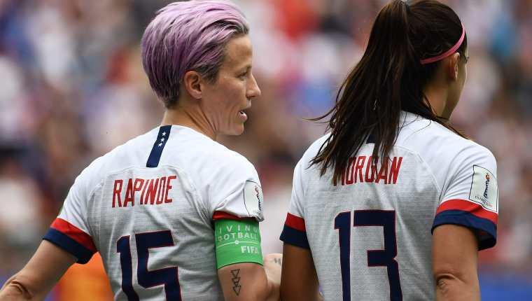 Megan Rapinoe y Alex Morgan son las referentes de la Selección de Estados  Unidos. (Foto Prensa Libre: AFP)