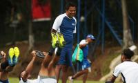 El entrenador guatemalteco Amarini Villatoro dirigirá su tercer partido al mando de la Selección Nacional. (Foto Prensa Libre: Carlos Vicente)