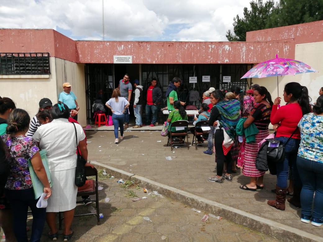 Maga entrega en Quetzaltenango 17 mil 500 cupones de Q200