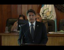 El alcalde Ricardo Quiñonez durante su mensaje. (Foto Prensa Libre: Municipalidad de Guatemala).