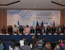 Actividad donde la Comisión entregó un informe. (Foto Prensa Libre: Copredeh/Archivo).