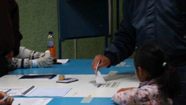 Los mesas de votación ubicadas en instalaciones de la Usac podrían ser trasladadas a otros centros de votación. (Foto Prensa Libre: Hemeroteca PL)