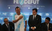 Amarini Villatoro cumple un año como entrenador oficial con la Selección Nacional. El 9 de junio del 2019 fue su debut frente a Paraguay. (Foto Prensa Libre: Hemeroteca PL)