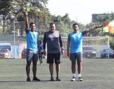 Wálter López, Carlos Batres y Gerson López se reportan listos para poner en alto el nombre del arbitraje guatemalteco en la Copa Oro 2019 (Foto Prensa Libre: Edwin Fajardo)