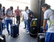 La Bicolor Nacional retornó este lunes a Guatemala después de su partido amistoso contra Paraguay. (Foto Prensa Libre: Francisco Sánchez)