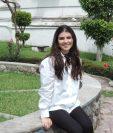 Isabel Escudero es una guatemalteca que explora un arte abstracto.  (Foto Prensa Libre: Ingrid Reyes)