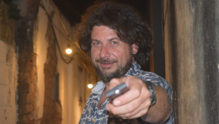 Rodolfo Espinosa interpreta a Tulio, el personaje principal de la película. (Foto Prensa Libre: Vivian Nij)