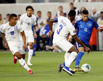 Honduras goleó 4-0 a El Salvador en el partido del Grupo C, de la Copa Oro 2019. (Foto Prensa Libre: EFE).