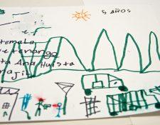 Las armas y la sangre son una constante en los dibujos de niños migrantes. (Foto Prensa Libre: EFE)