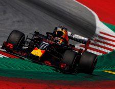 Max Verstappen del  Red Bull Racing en plena acción. (Foto Prensa Libre: EFE)