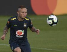 Everton, atacante de la Selección de Brasil se siente motivado previo al duelo contra Paraguay. (Foto Prensa Libre: AFP).