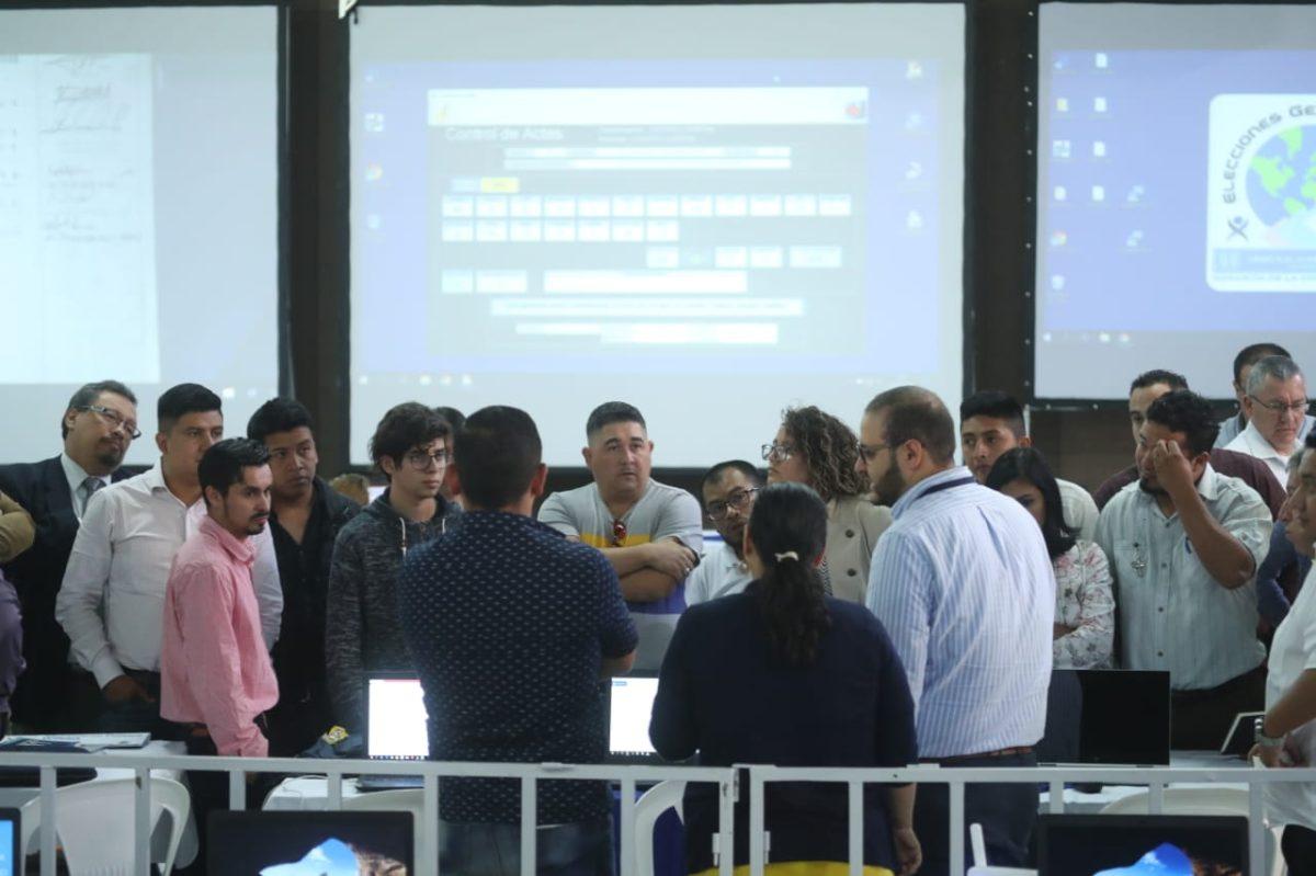 Revisión de actas electorales revela inconsistencias en suma de votos
