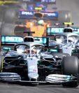 El británico Lewis Hamilton (al frente) de la escudería Mercedes se impuso en el Gran Premio de Francia, en el  Circuito Paul Ricard. (Foto Prensa Libre: AFP)