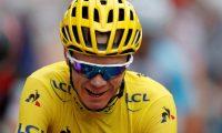 EPA9888. PARIS (FRANCIA), 12/06/2019.- El ciclista británico Christopher Froome, en una foto de archivo durante el Tour de Francia 2017, el 23 de julio de 2017. Froom ha sufrido un accidente este miércoles mientras hacía un reconocimiento del recorrido de la cuarta etapa del Criterium Dauphiné y ha sido trasladado a un hospital local en Roanne, Francia, según anunció su equipo Team Ineos. EFE/ Guillaume Horcajuelo