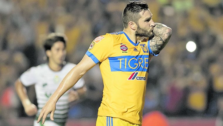 El atacante francés del Tigres de México, André Pierre Gignac, expresó su deseo para que los equipos aztecas regresen a la Copa Libertadores (Foto Prensa Libre: tomada de Twitter)